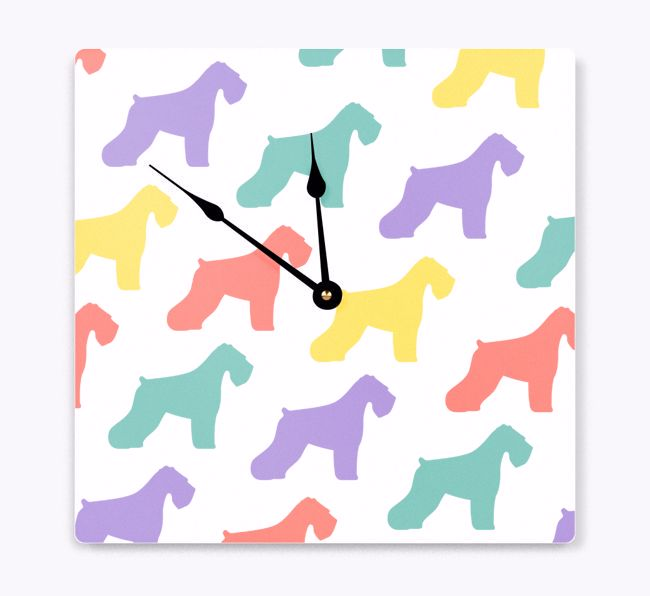 'Silhouette Pattern' - Personalized Wall Clock with {breedFullName} Icon